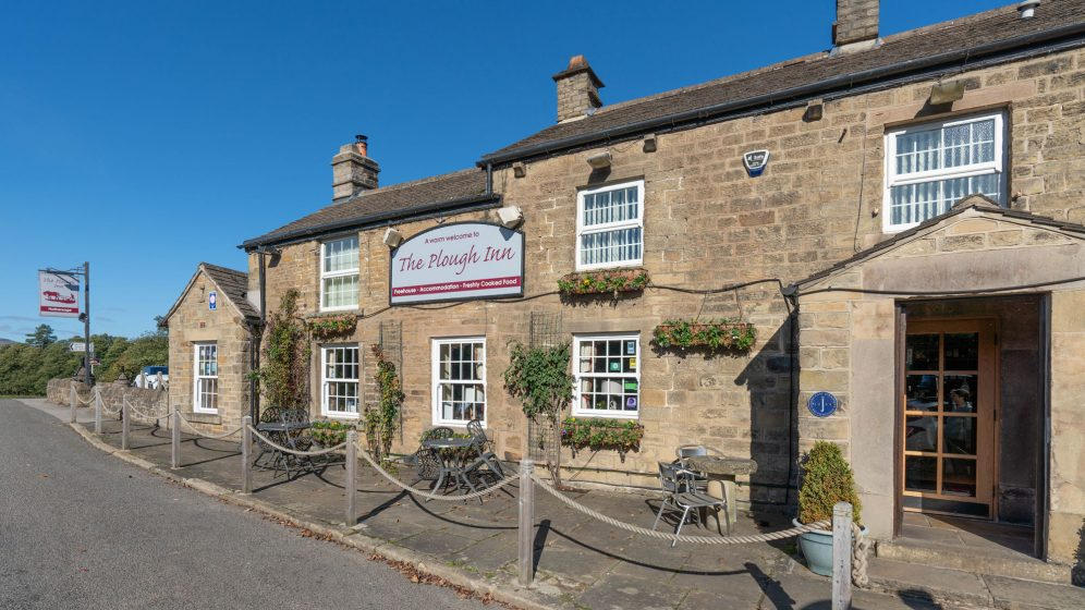 contact pub accommodation restaurant Hathersage Derbyshire