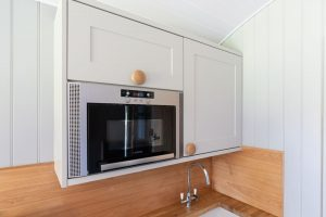 Shepherd Huts self catering accommodation Hathersage Derbyshire Peak District - kitchen