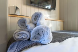 Shepherd Huts self catering accommodation Hathersage Derbyshire Peak District - towels